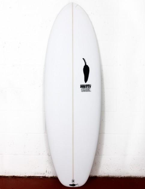 Chilli Pretty Sweet surfboard 5ft 10 FCS II - White